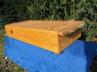 Monochord,  Herapeutisches Instrument,  Musiktherapie,  Klangmassage,  Meditation Bild