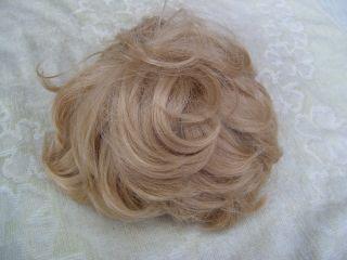 Alte Puppenteile Hellblonde Haar Perücke Vintage Doll Hair Wig Fuer 50 Cm Boy Bild