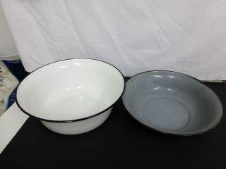 2 X Alte Waschschüssel Emailleschüssel,  Pflanzschale,  Pflanzbehälter Shabby Bild