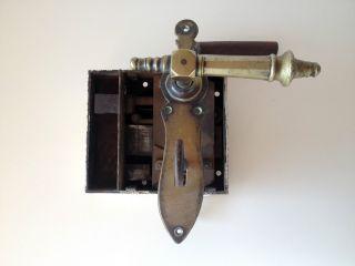 Antikes Türschloss,  Kastenschloss,  Originaler Bartschlüssel Bild