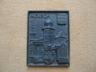 Takenplatte Ofenplatte Antik Gusseisen,  Kaminplatte,  Motiv: Fam Mersch/luxemburg Bild