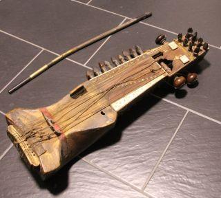 Schönes Altes Antikes Instrument (sarangi) Aus Tibet / Himalaya 70 Cm Hoch Bild