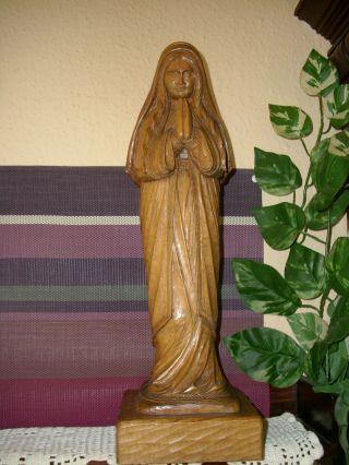 Gr.  Holzfigur - Heiligenfigur - Betende Madonna - Geschnitzt - 40 Cm - Deko - Bild
