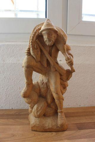 (art: H - 1367) Schöne Holzfigur