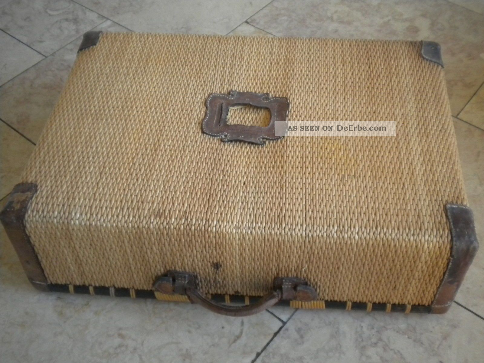 Schöner Großer Koffer,  Überseekoffer,  Korbkoffer,  Korb,  Leder,  Antik,  Alt Accessoires Bild