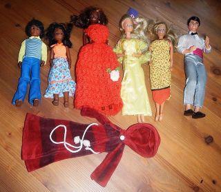 Konvolut Barbiepuppen Und Ken Aus Den 60er - 70er Jahren Sammlerraritäten Bild