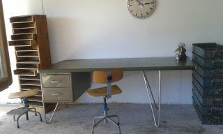 Industrie Design Komplett Schreibtisch Bauhaus Stuhl - Schubladenschrank - Loft Bild