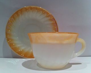 Fire King Anchor Hocking Oven Ware Swirl Shell Lustre Coffee Tea Cup,  Saucer Vtg6 Bild