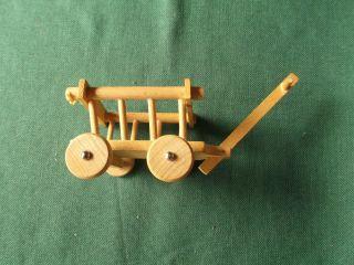 Kleiner Leiterwagen Für Eine Puppe Holz Ca.  15x8x5cm Bild