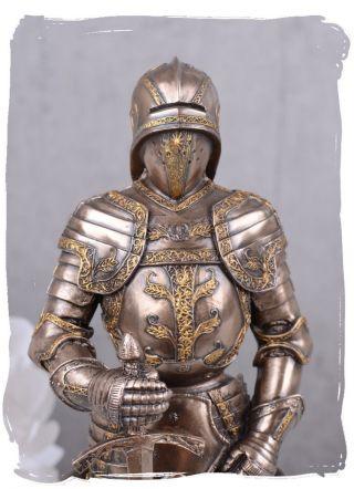 Ritterskulptur Ritterrüstung Mittelaler Krieger Ritterfigur Veronese Bild