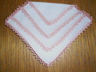 Spitzentaschentuch Häkeltaschentuch Einstecktuch Häkelspitze Farbe Rosa Bild