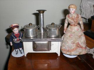Ganz Kleines,  Altes Herdle Fürs Puppenhaus Von Ca 1920,  Nur 10 Cm Breit Bild