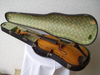 Alte Sehr Schöne Holz - Geige Ohne Risse Im Originalkoffer Und Gemarktet Bild