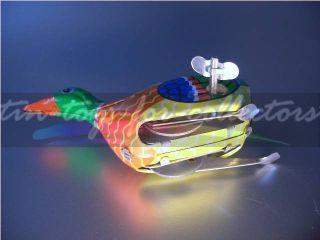 Lithographierte Mechanische Ente Mit Uhrwerk Und SchlÜssel Bild