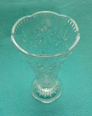 Alte Kristallglas Vase Ca.  18cm Hoch,  Tadelloser Made In Germany Bild