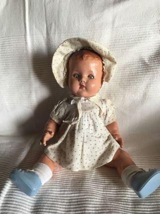 Antike Puppe Bild