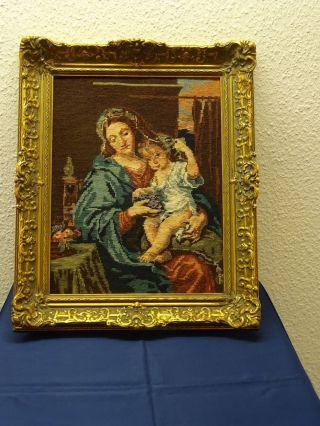 Gobelinbild - Mutter Mit Kind - Handgestickt - In Barockrahm Bild