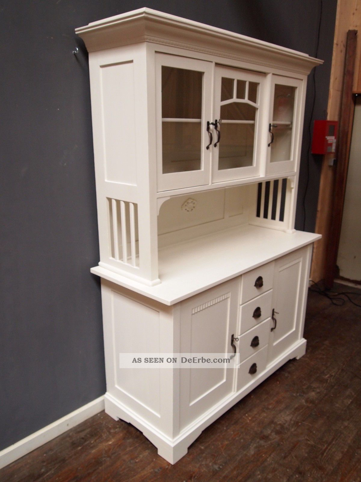 jugendstil anrichte b ffet vitrine anrichte shabby chic schrank wundersch n. Black Bedroom Furniture Sets. Home Design Ideas