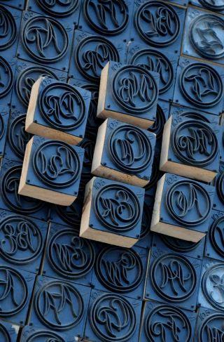 Jugendstil Wäschestempel Monogramm Schablone Textilstempel Für Wäschestickerei Bild