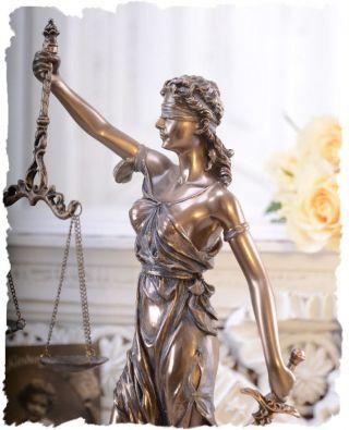 Vintage Skulptur Im Art Nouveau Justitia Figur FÜr Anwaltskanzlei Temida Bild