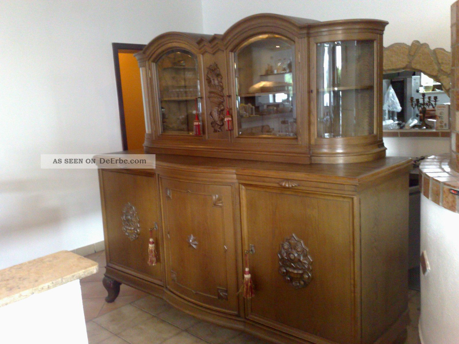 wohnzimmerschrank buffet mit anrichte 1920 1930. Black Bedroom Furniture Sets. Home Design Ideas