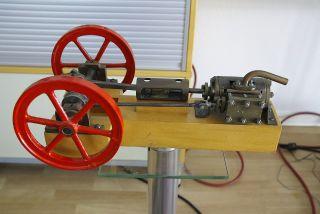 Dampfmaschine Bild