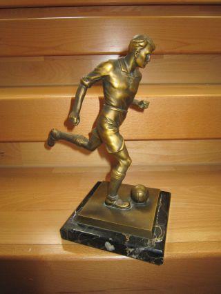 Alte Bronzefigur Fussballer Auf Marmorsockel 25 Cm Bild
