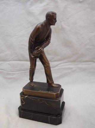 Skulptur Von Otto Schmidt - Hofer (1873 - 1925) Bowling Man Bild