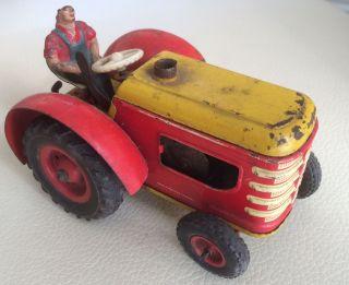 Gama Traktor,  Bespielt Bild