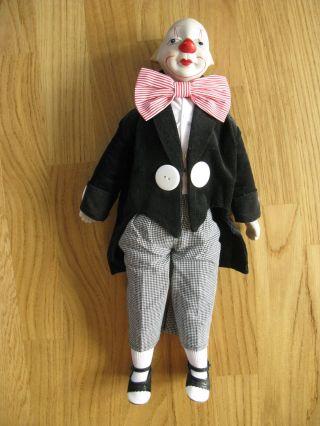 Clown,  Puppe Mit Porzellankopf,  Weicher Körper,  Lustige Puppe Wie Clown Bekleidet Bild