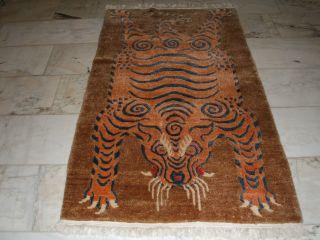 Old Tiger Rug Nepal Tibet Tiger Teppich Tapis Tigre Nepalaise Parfait Bild