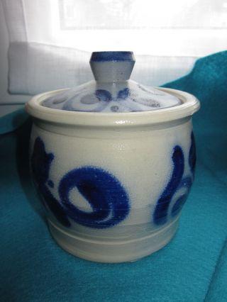 Alter Kleiner Topf Mit Deckel Steingut Salzglasur Keramik Handarbeit Bild