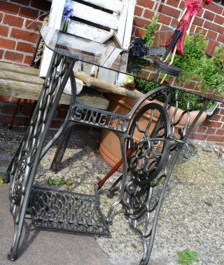 Antik Singer Nähmaschinengestell Gartentisch Tisch Fernsehtisch Beistelltisch Bild
