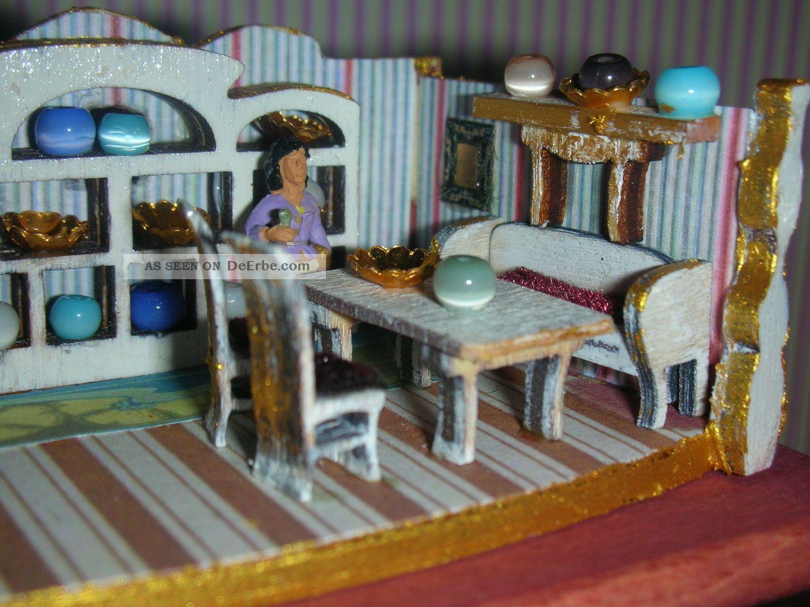 minipuppenstube mit tisch f r puppenstubenkinder deko sammler puppen 1 10 1 12. Black Bedroom Furniture Sets. Home Design Ideas