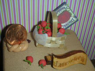 1:24 Zwei Dutzend Tomaten Im Spankorb/puppenstube/blumenladen/catrichen 1:24 Bild