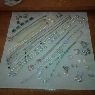 Armband Brosche Alter Mode - Schmuck Gold Silber Ring Perlen Kette Herz Ohrhänger Bild