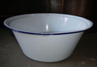 Sehr Große Weiße Emailleschüssel Mit Blauem Rand / Durchmesser 42cm Thale 0161 Bild