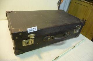 8305.  Alter Koffer Reisekoffer Leder Bild