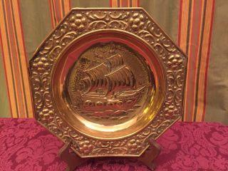 Messingteller Wandteller Handgehämmert Schiff Segelschiff 6 - Eckig Schöner Rand Bild