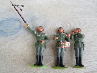3 Soldaten Wehrmacht Musik 4 / Preiser Elastolin 7 Cm (top) Hausser Bild
