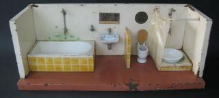 Antikes Grosses Blechbadezimmer Blechspielzeug Puppenstube Antique Doll Puppe Bild