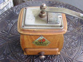 Alte Dienes Kaffeemühle Mokka Holzkorpus Mit Metallbeschlägen Bild