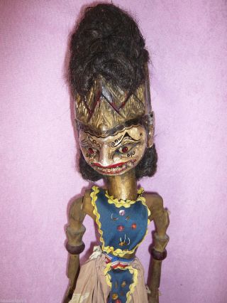 Alte Wayang Golek Xxl Holz Puppe Stabpuppe Marionette Mit Haare Handarbeit Bild