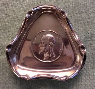 Kleine Dreieckige Silberschale Von 1919 Münzschälchen 800er Silber Militaria Bild