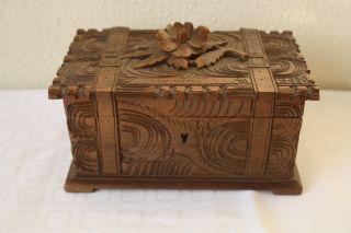 Altes Holzkästchen Reiseandenken Aus Neuchatel (schweiz) Ansehen Bild