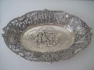 Große Prunkschale Mit Wunderschönem Relief 800 Silber Deutsch 654 Gramm Bild