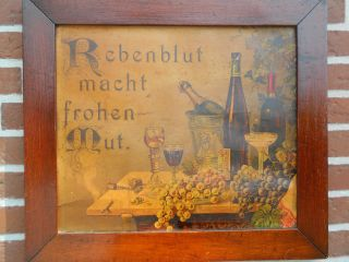 Rebenblut Macht Frohen Mut.  Altes Bild Mit Altem Holzrahmen 1910 / 1920 Bild