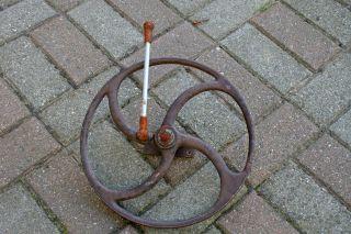 Altes Eisenrad 31cm Speichenrad Rad Gusseisen Industrie Design Transmission - 1 Bild