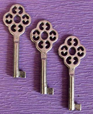 3 Alte Schlüssel No 3 Junie Schrankschlüssel Hohlschlüssel Möbelschlüssel 148 Bild