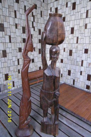 2 Holzfiguren Aus Afrika,  Hand Geschnitzt - Sehr Dekorativ Bild